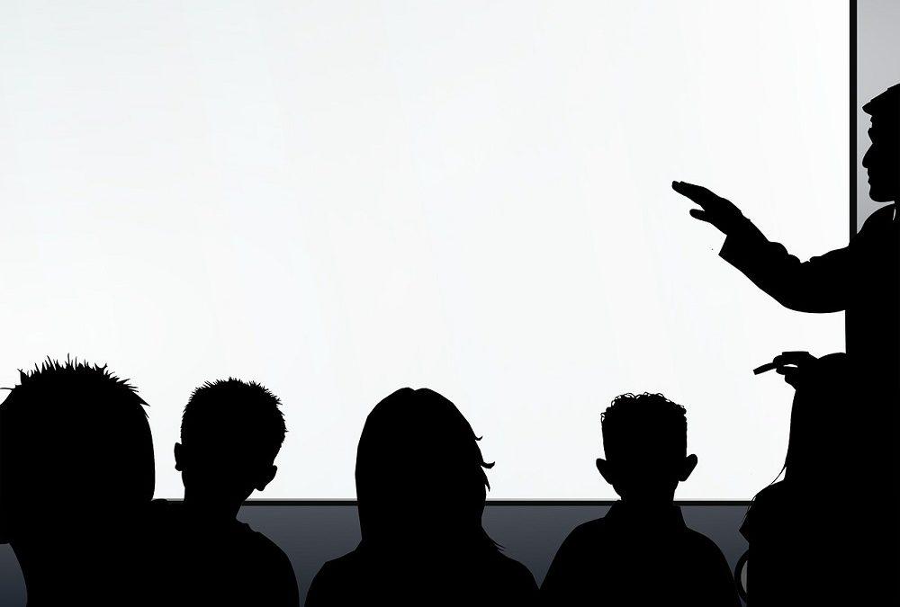 INTERNI OGLAS za izbor studenata-demonstratora na studijskom programu Softversko inženjerstvo za akademsku 2020/2021. godinu
